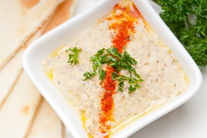 Baba Ghanoush eggplant dip and pita bread 22.jpg