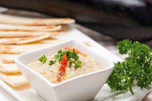 Baba Ghanoush eggplant dip and pita bread 29.jpg