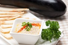 Baba Ghanoush eggplant dip and pita bread 28.jpg