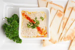 Baba Ghanoush eggplant dip and pita bread 34.jpg