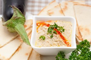 Baba Ghanoush eggplant dip and pita bread 40.jpg