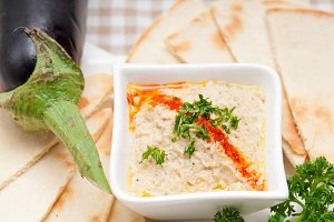Baba Ghanoush eggplant dip and pita bread 41.jpg