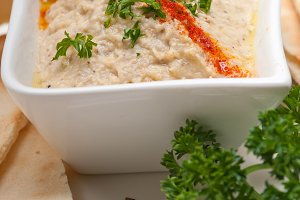 Baba Ghanoush eggplant dip and pita bread 44.jpg