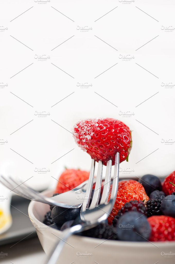 berry 14.jpg - Food & Drink