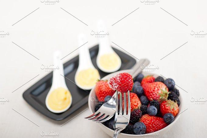berry 12.jpg - Food & Drink