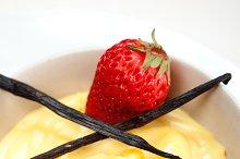 vanilla custard pastry cream 08.jpg