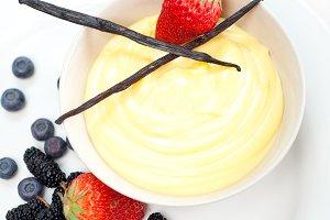 vanilla custard pastry cream 09.jpg