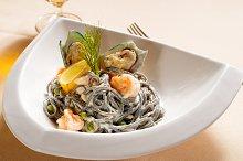 black spaghetti and seafood15.jpg