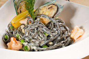 black spaghetti and seafood07.jpg