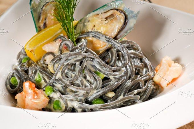 black spaghetti and seafood07.jpg - Food & Drink