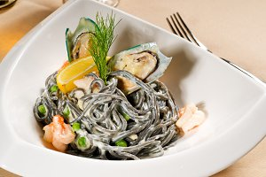 black spaghetti and seafood05.jpg