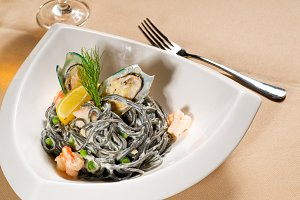 black spaghetti and seafood06.jpg