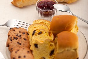 breakfast bread and berry jam  26.jpg