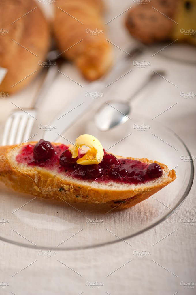 breakfast bread butter and jam 30.jpg - Food & Drink