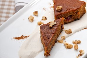 carrots and walnuts cake pie 03.jpg