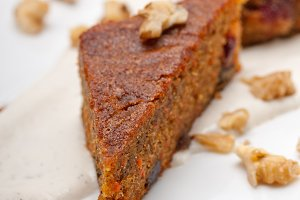 carrots and walnuts cake pie 12.jpg