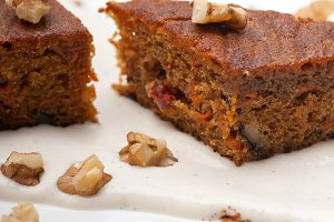 carrots and walnuts cake pie 16.jpg