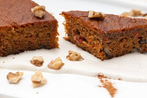 carrots and walnuts cake pie 18.jpg