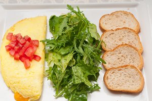cheese omelette and salad 01.jpg