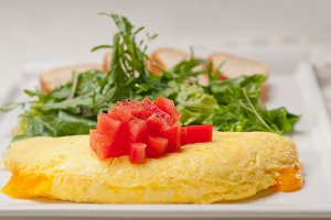 cheese omelette and salad 04.jpg
