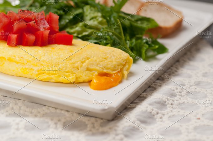 cheese omelette and salad 09.jpg - Food & Drink