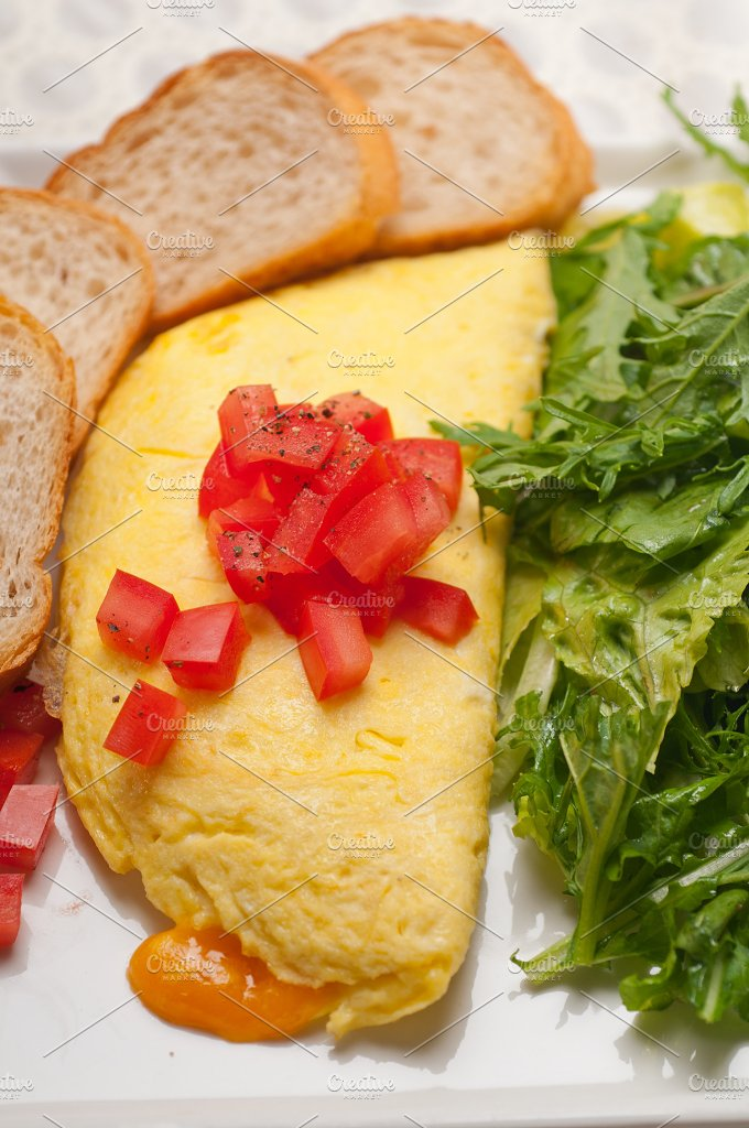cheese omelette and salad 20.jpg - Food & Drink