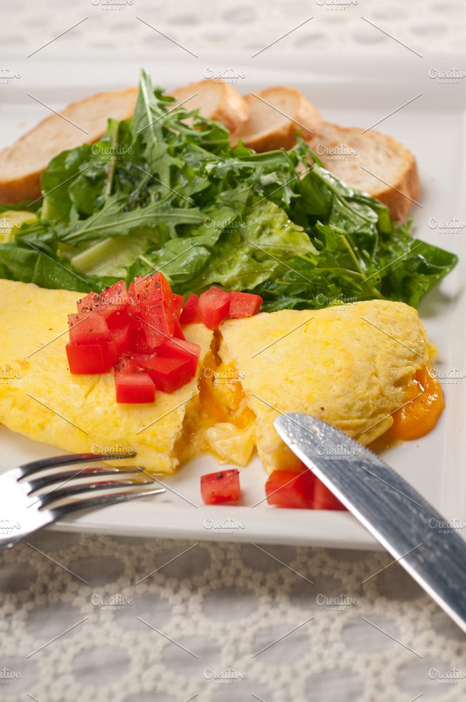 cheese omelette and salad 33.jpg - Food & Drink