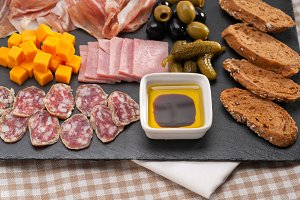 cold cutts platter appetizer 02.jpg