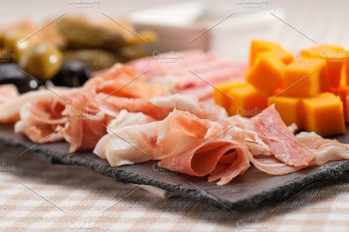 cold cutts platter appetizer 07.jpg - Food & Drink