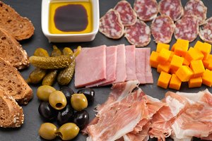 cold cutts platter appetizer 09.jpg