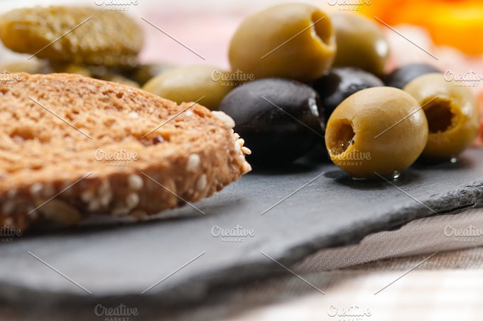 cold cutts platter appetizer 21.jpg - Food & Drink