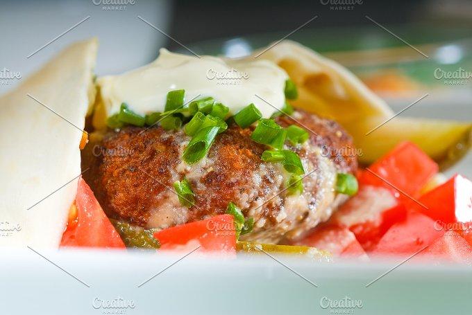 falafel wrap 16.jpg - Food & Drink