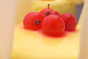 fresh fruit cake dessert H10 17.jpg