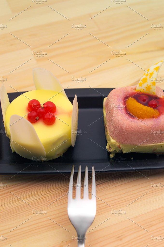 fresh fruit cake dessert H10 28.jpg - Food & Drink