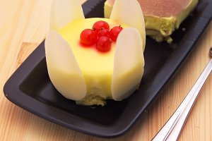 fresh fruit cake dessert H10 29.jpg