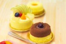 fresh fruit cake dessert H10 32.jpg