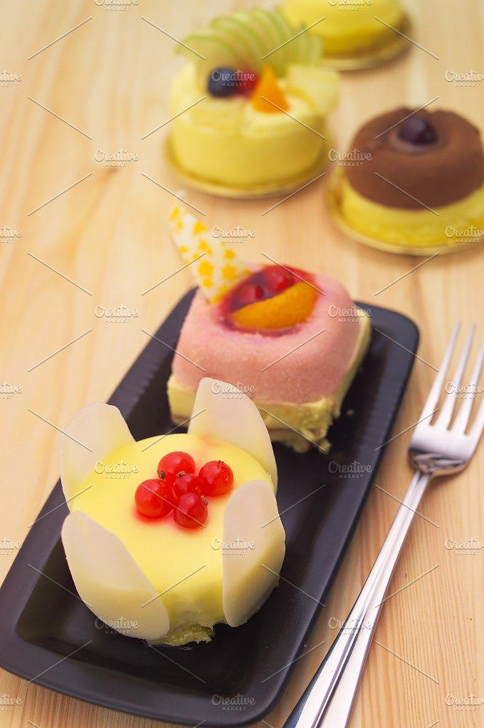 fresh fruit cake dessert H10 31.jpg - Food & Drink