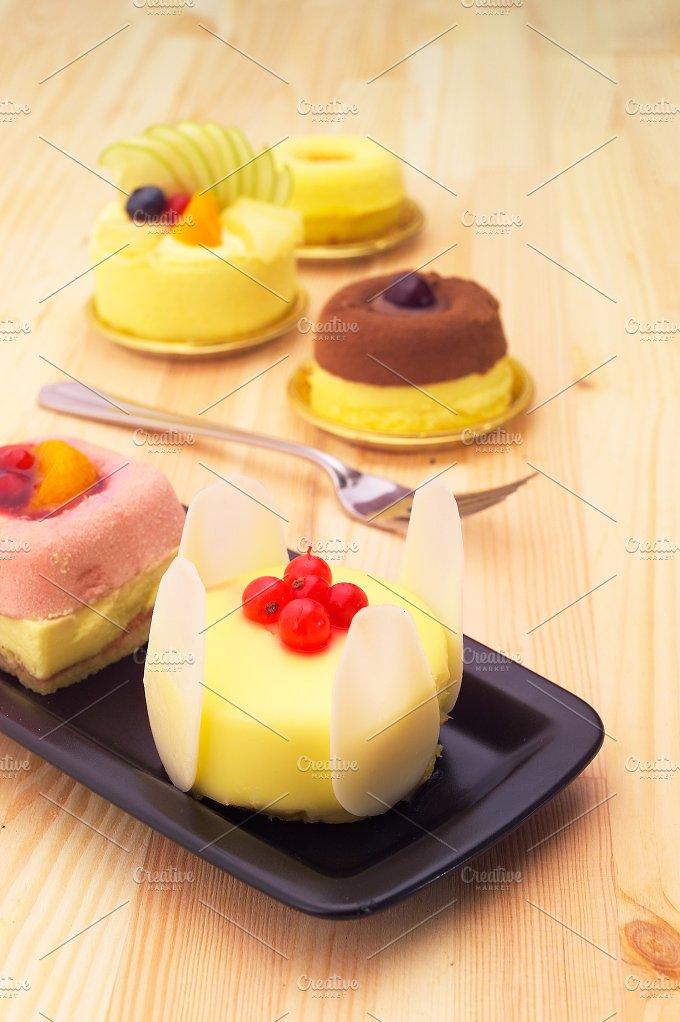 fresh fruit cake dessert H10 34.jpg - Food & Drink
