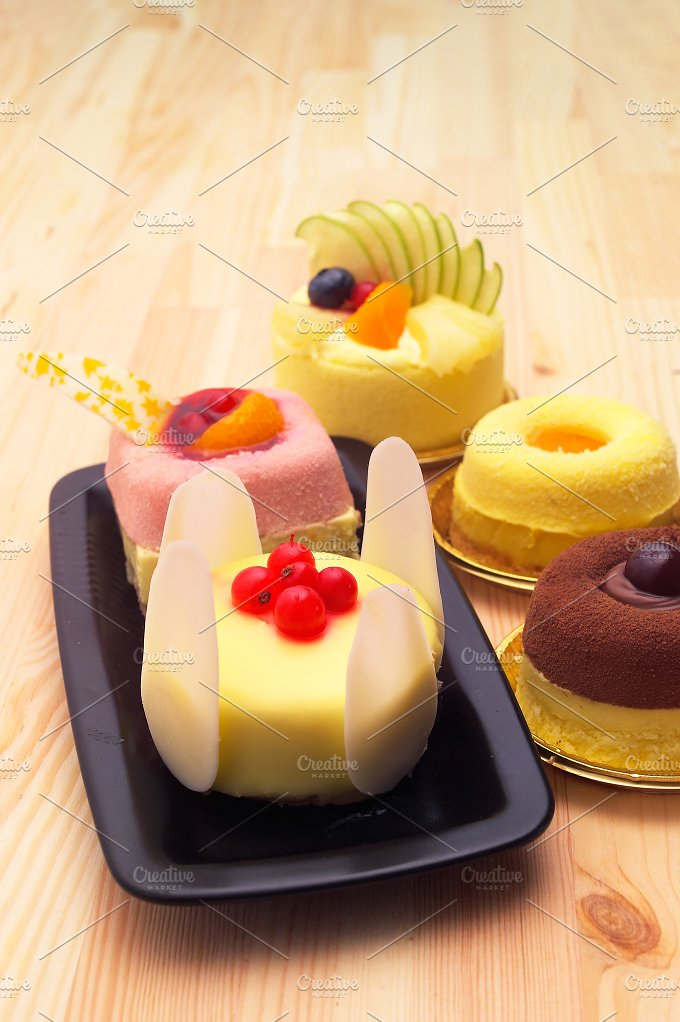 fresh fruit cake dessert H10 40.jpg - Food & Drink