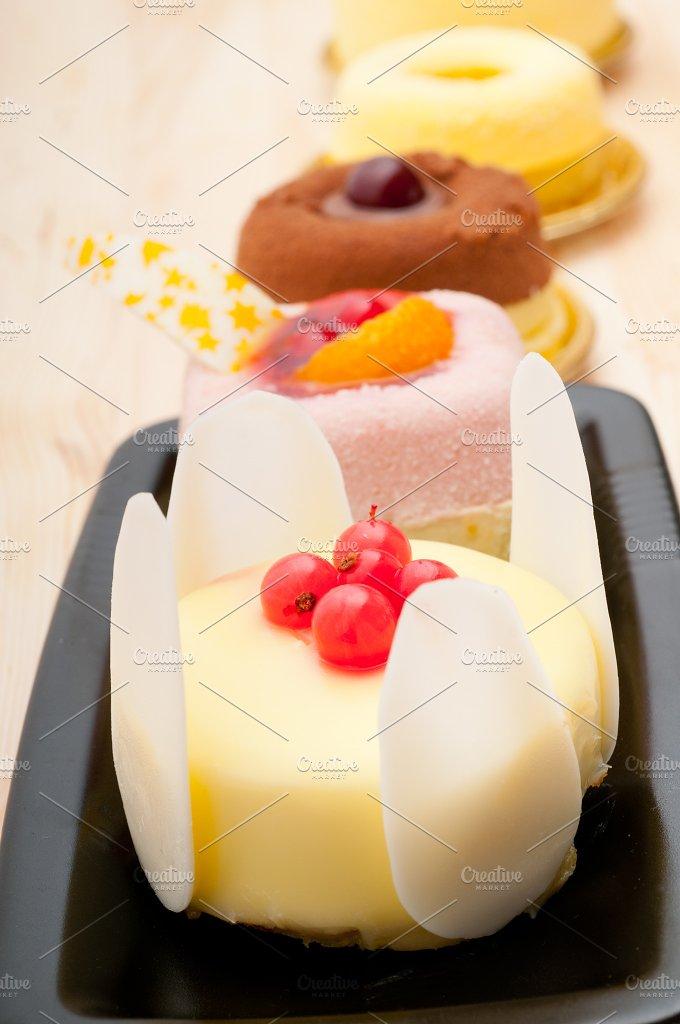 fresh fruit dessert pastry cake 31.jpg - Food & Drink