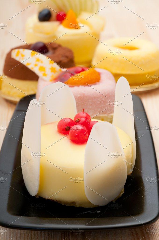 fresh fruit dessert pastry cake 33.jpg - Food & Drink