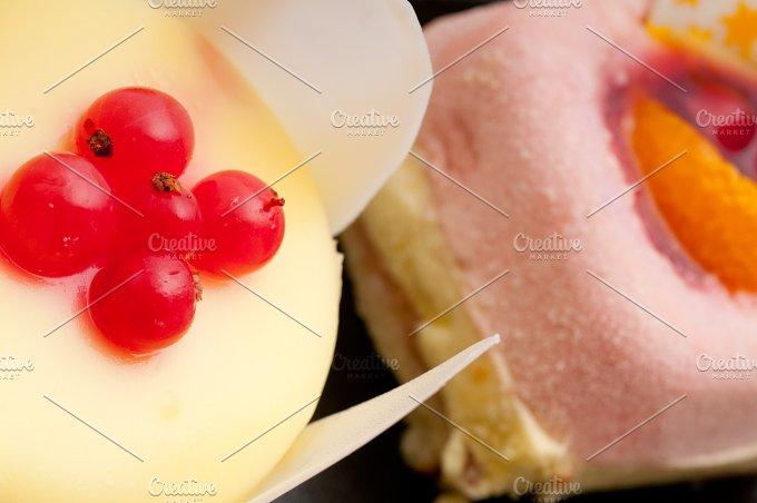 fresh fruit dessert pastry cake 38.jpg - Food & Drink