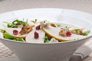 fresh pears arugola and gorgonzola salad 14.jpg