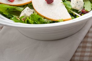 fresh pears arugola and gorgonzola salad 18.jpg