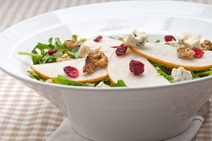 fresh pears arugola and gorgonzola salad 20.jpg