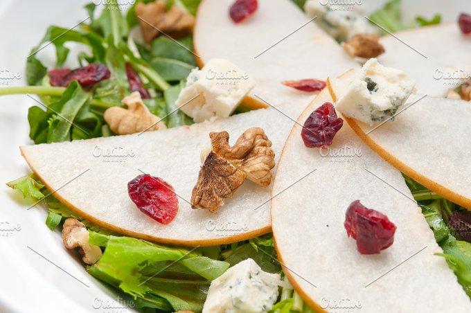 fresh pears arugola and gorgonzola salad 24.jpg - Food & Drink