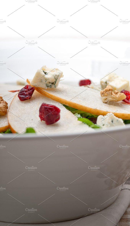 fresh pears arugola and gorgonzola salad 25.jpg - Food & Drink