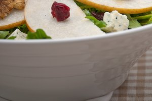 fresh pears arugola and gorgonzola salad 30.jpg