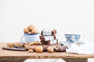 Chocolate brownie slices and tea