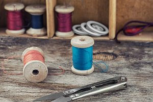 Tools and accessories needlework